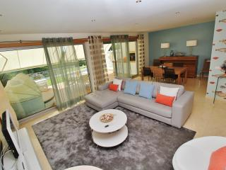 Living and Dining Area with access to the downstairs terrace, BBQ and superb pool.
