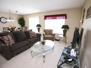 Luxurious Compass Bay Condo Privacy & Rest.599$p/w, Kissimmee