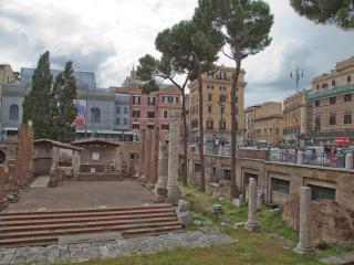 STUDIO SUITE ARGENTINA GOLD (mini appartamento nel centro storico di Roma)