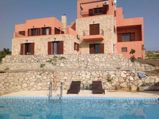 Rhodes Retreat (Artemi, Mirsini & Persephone Loft), Kalithies