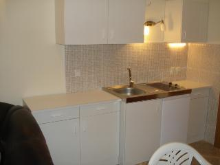 Apartment Angela for up to 3 Persons, Krk