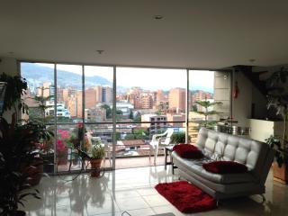 Penthouse, Great Views, Beautiful Breezes..., Medellin