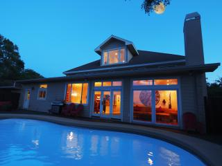 Pool Views Luxury 7 BR 13 Beds GameRoom $1M Home, Austin