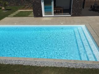 Villa Loureiro   Luxury Retreat