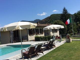 Bella Villa Adriano 15 min in auto da Lucca!