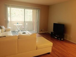 Cozy 2 Bedroom Condo with 2 Bathroom, Las Vegas