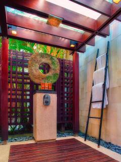 Outdoor Shower - Riverside Master Bathroom at Villa Tukad Pangi
