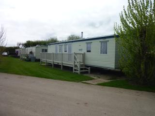 8 Berth caravan Golden Palm Chapel st leonards s46