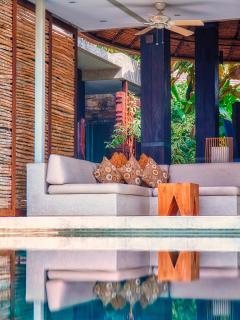 Open Air Lounge - Villa Tukad Pangi