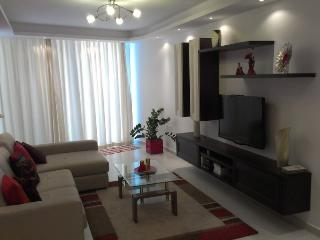 Modern 2 bedroom apartment with sea view, Qawra
