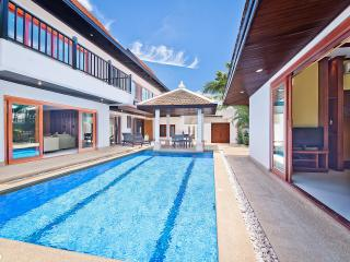 Tropicana Pool Villa 2, Pattaya