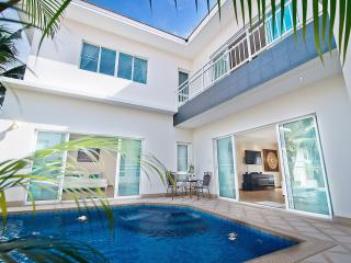 Tropicana Pool Villa 4, Jomtien Beach