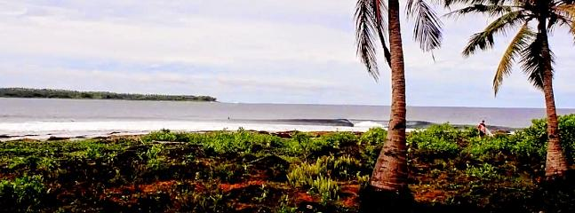 Dylans Right, break at only a 100m's walk from Simeulue-Surflodges