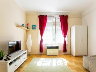 CITY CENTRE MARGARET APARTMENT with free WIFI !, Budapest