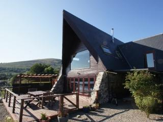 The Boathouse, Lochearnhead, fantastic loch views