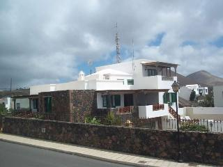3 bedroom Villa in Conil, Canary Islands, Spain : ref 5691523