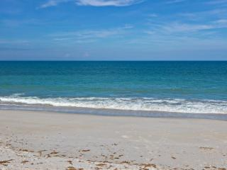 Furnished, affordable apartment on barrier island, Vero Beach