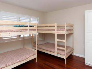 2 bdrm Condo In Palo Alto Next to Caltrain/Cal Ave