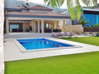 5 Stars Luxury Villa, Costa Adeje