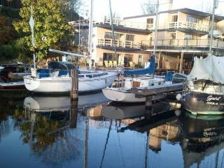 Gorgeous,Waterfront home on Lake Union - Sleeps 10, Seattle