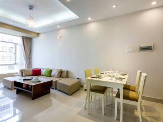 ★ A Charming Apt at Sky Garden with Private Pool, Ho-Chi-Minh-Stadt
