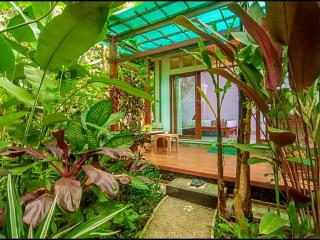 Cozy Wayan Sueta Bed & Breakfast