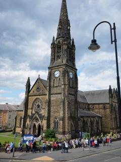 Open views of the elegant St Andrews Church from the Court Royal Apartments