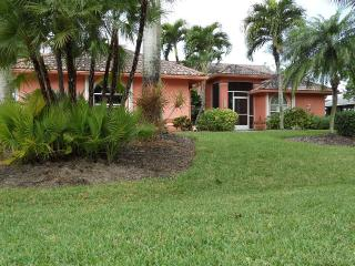 Come relax at your own private tropical paradise, Cape Coral