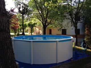 """""""El Refugi"""" Chalet con jardín cerca Costa Brava, Caldes de Malavella"""