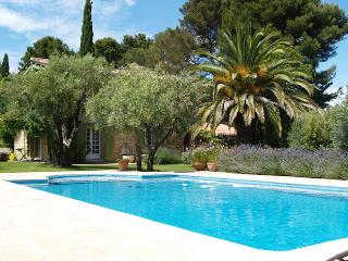 Le Castellet Provence Var, superb country house 8p. 6 ml from the beach