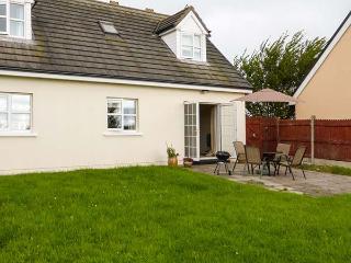 SEAGAZE, detached, ground floor bedrooms, large lawned garden, short walk to bea