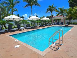 New Stunning Beach Villa Htd Pool/Spa Near Beach!, Pompano Beach