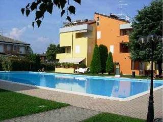 Appartamento a Sirmione per vacanze, Lago e Terme. CIR: 017179-CNI-00199