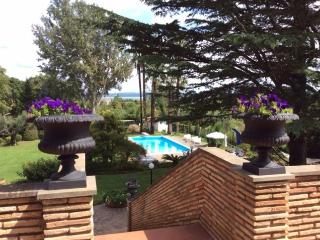 Charming Villa, Lake Bracciano