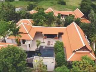 VILLA JASMINE- A FAMILY 3 BEDROOM POOL VILLA, Nai Harn