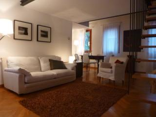 Vitello 2 bedrooms renovated in Cannaregio area, Veneza