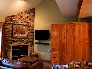 River Mountain Lodge W311 Ski-in Condo Downtown Breckenridge Vacation