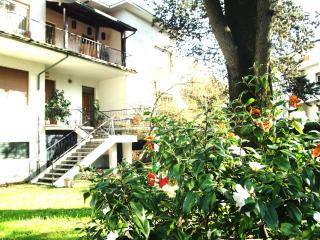 BB10 BED AND BREAKFAST-camera famigliare, Arona