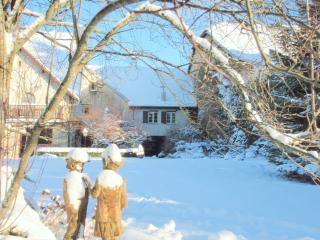 Gite Romance 3*au Cadran Solaire,dans maison de charme avec parc et jardin clos