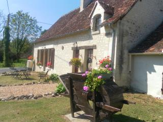 La Confiance, Traditional Stone Cottage, Azay-le-Ferron