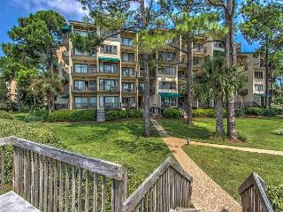1895 Beachside Tennis - 3rd floor corner unit with phenomenal views
