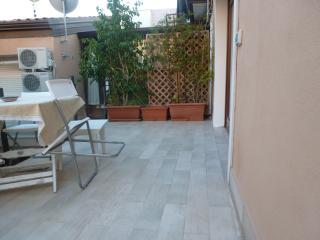Loft ben arredato. 1 minuto da via Etnea., Catania