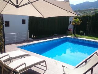 Chalet de lujo con piscina privada y WIFI, Monachil