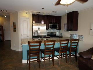 Gulf View, 3 Pools 2BR 2BA, Top Floor Resort Condo, Galveston