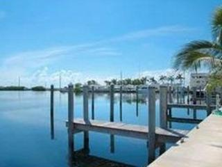 BEAUTIFUL BAY HARBOUR CONDO W/ BOAT DOCK!, Islamorada