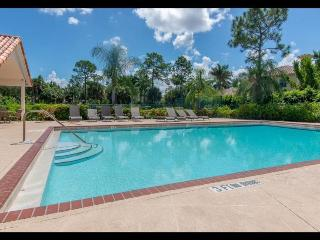 Minute away from beach vacation homes in Naples, Mid Florida