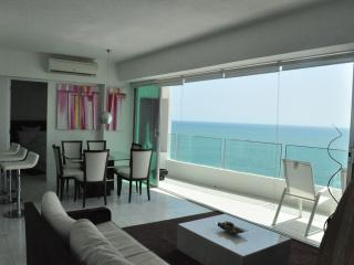 Mazatlan Beach Front Property - 18th floor, Mazatlán