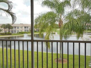 Exceptional lake and golf course views in Spanish Wells, Bonita Springs