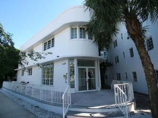 Modern Studio in Miami Beach!