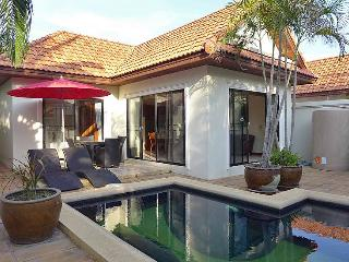 Villa with private swimming pool, Jomtien Beach